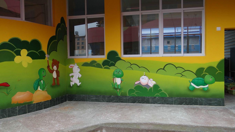 如何手绘墙面?手绘墙画的注意事项